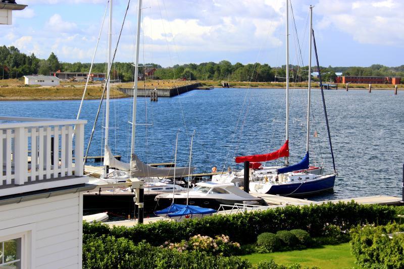 Jachthafen 40 m vom Strandhaus Libelle