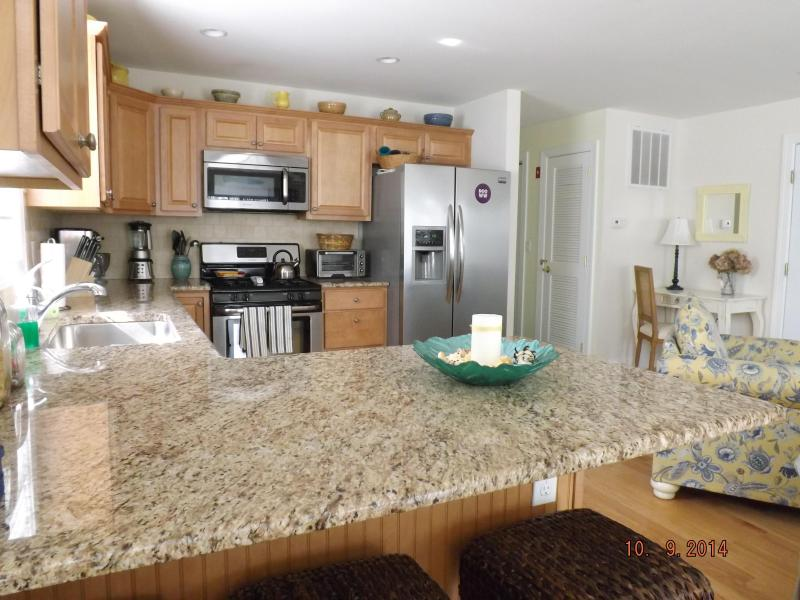 Gorgeous Families-Only Condo, vacation rental in Wildwood