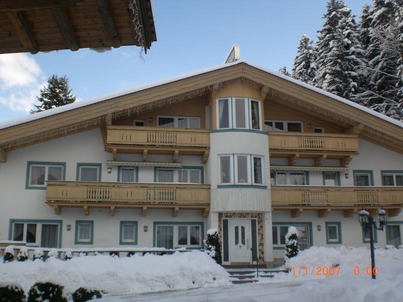 Luxury  first floor apartment - perfect for skiing