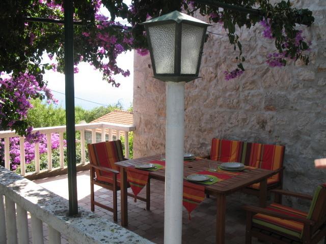 Stone house AP 1, Zavala, vacation rental in Zavala