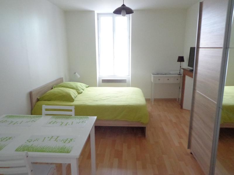 Appartement meublé, location de vacances à Saint-Vaury