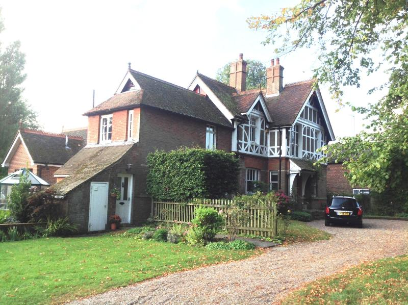 Annex at the Grange in Saltwood, Hythe, Kent, Ferienwohnung in Burmarsh