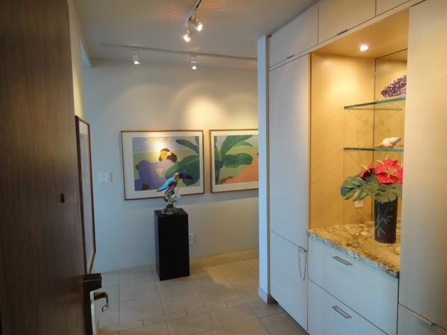 Ingresso hall e Galleria corridoio una vetrina per artisti hawaiano!