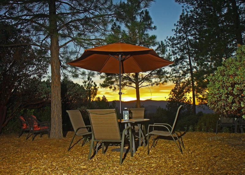 Outdoor seating for an Evening Picnic