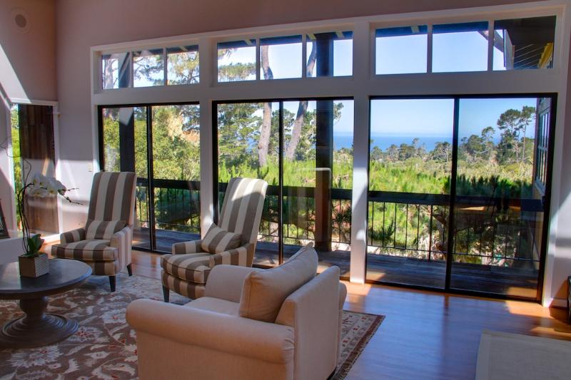 3476 Hermitage by the Sea-  ~