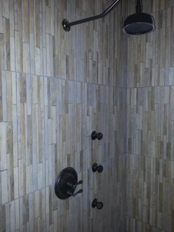Rainfall Shower with Body Jets
