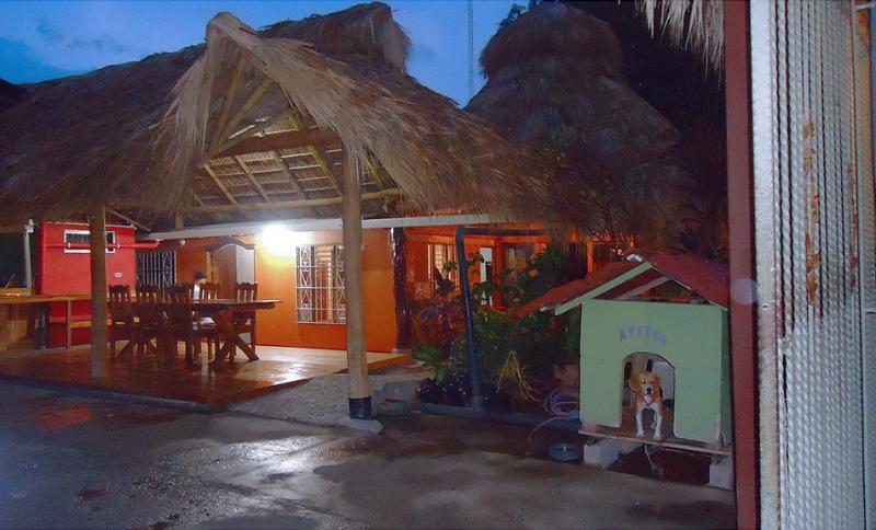 Maura´s Tropical House, holiday rental in Naranjo