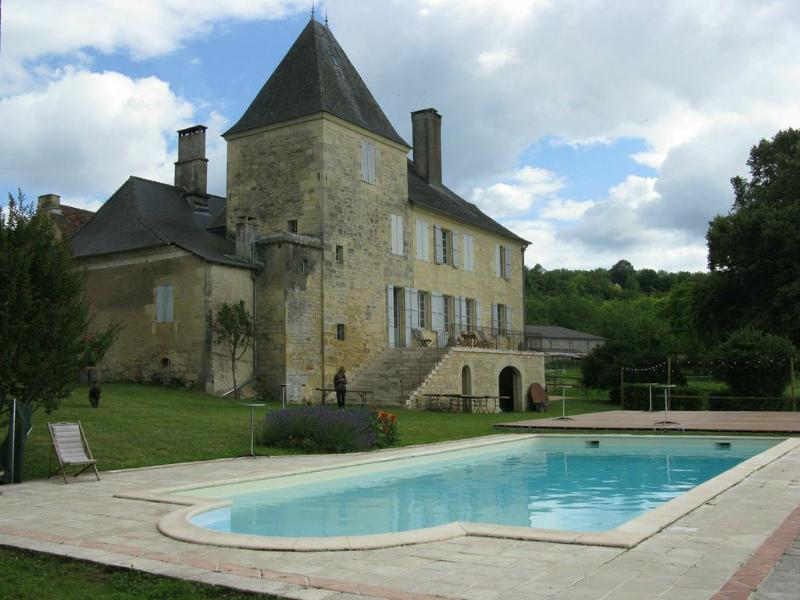 Manoir de Larouverade, Ferienwohnung in Hautefort