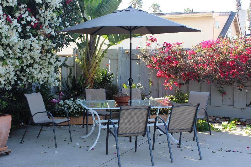 Outdoor Space Seating for 10