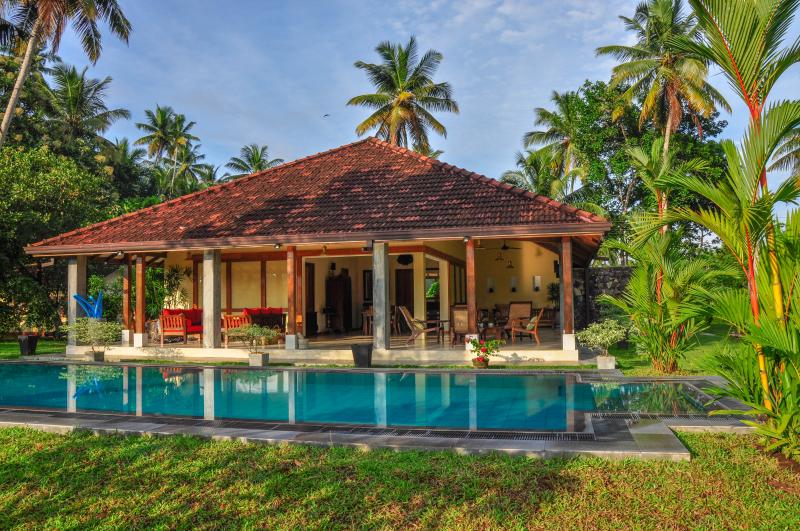 La Cannelle Cinnamon Plantation Villa, vacation rental in Weligama