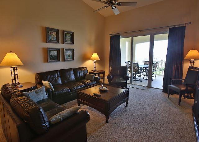 Cinnamon Beach Unit 162-Top floor Penthouse with Stunning Golf & Ocean Views!, location de vacances à Palm Coast
