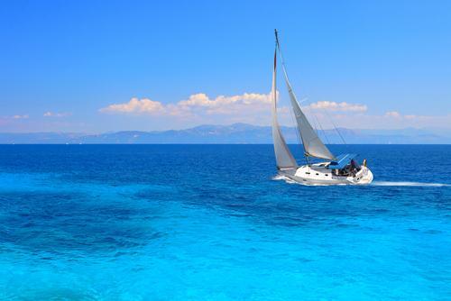 charter sailing lefkada