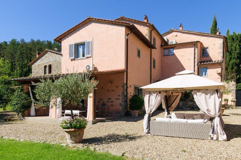 external of Villa Montanina