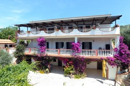 Appartamento 1 bilocale al piano attico villa Liberato – semesterbostad i Peschici