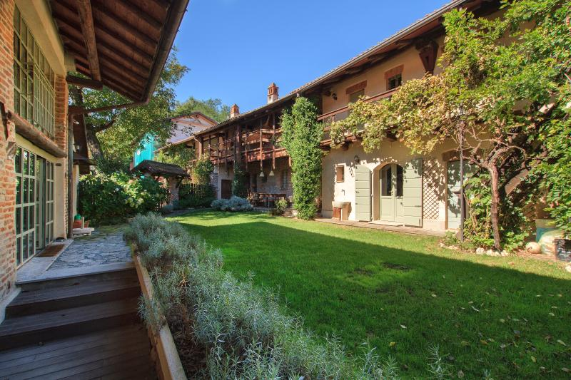 Country House a Bogogno, vakantiewoning in Bellinzago Novarese