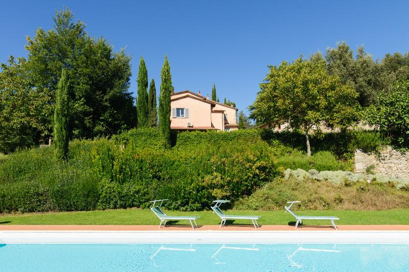 Villa Montanina - Relax in Tuscany, vacation rental in Talla