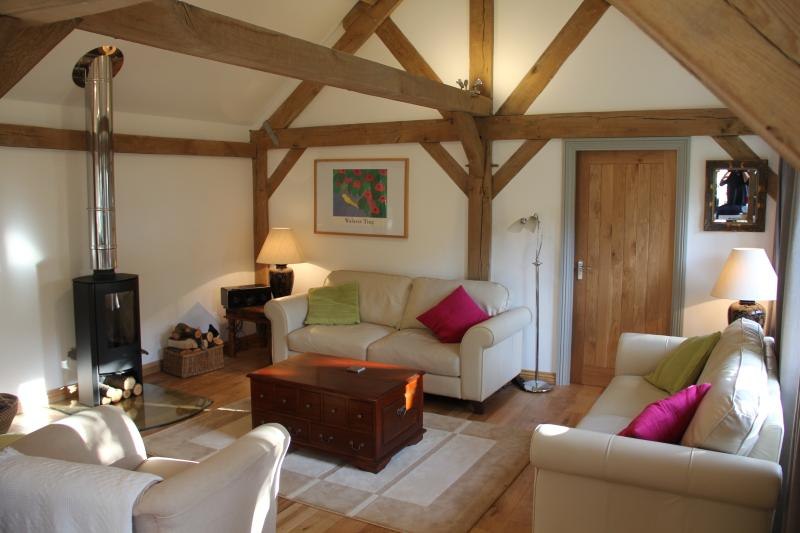 Pickle Cottage Tenterden, holiday rental in Stone in Oxney