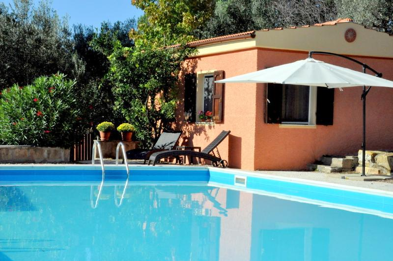 Welcome to Om House at Agriturismo Pereti, holiday rental in Ribolla