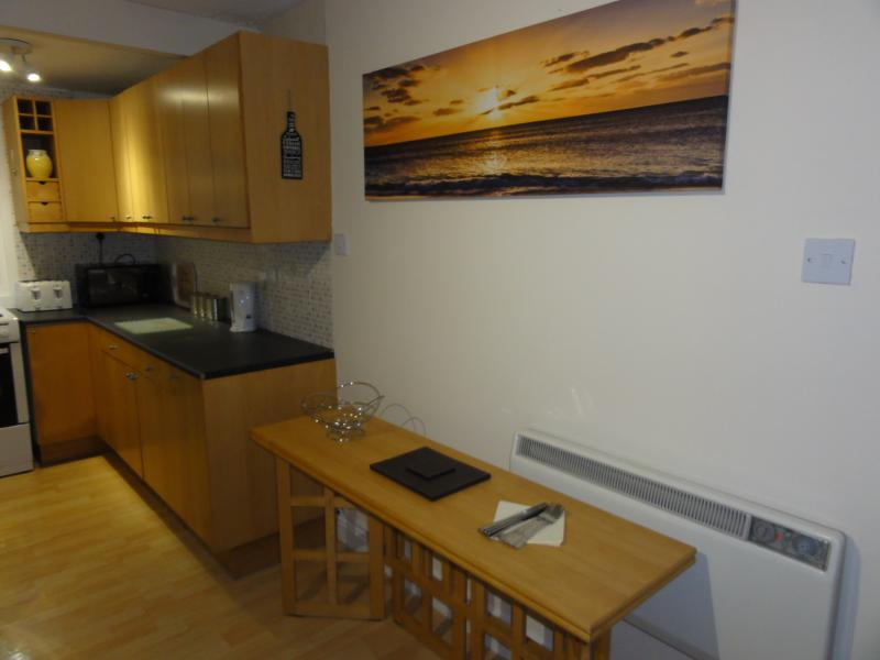 Kitchen & dining area with extending table