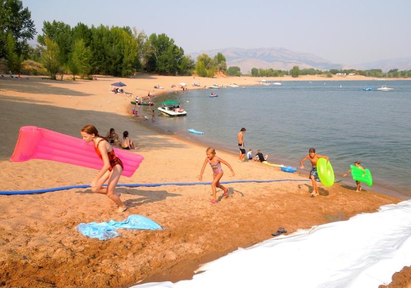 Pineview Reservoir beaches