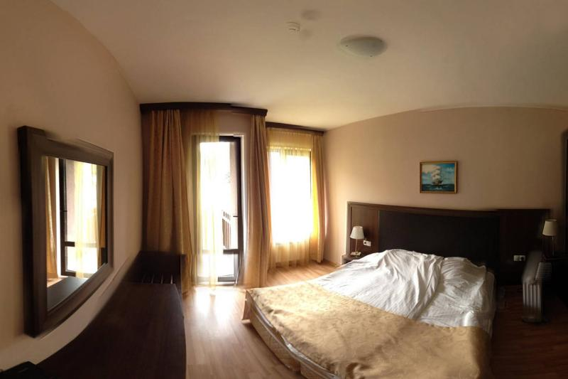 Affordable Room in a Premium Hotel, holiday rental in Batak