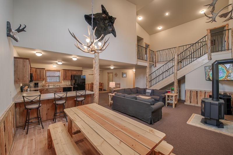 Large open floor plan with plenty of room for large parties.