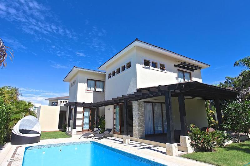 New villa 3BD in the Dominican Republic, holiday rental in Sosua