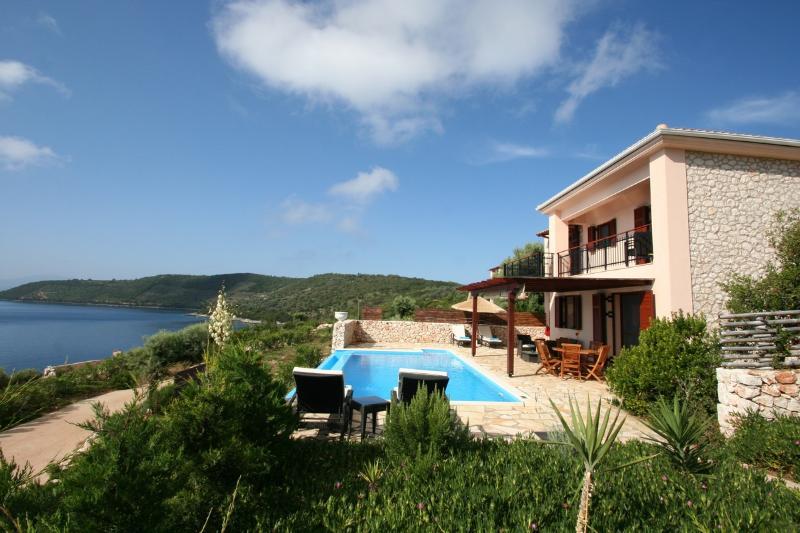 Seafront villa ADAM, Lefkada, 3 bedrooms, 6+2pers., pool, 30m sea area, holiday rental in Evgiros