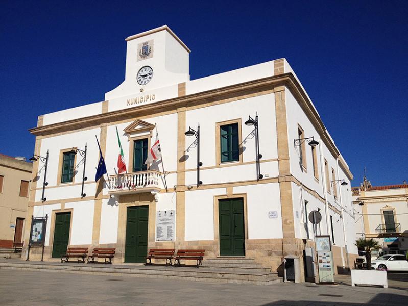 Municipio - Piazza Belly