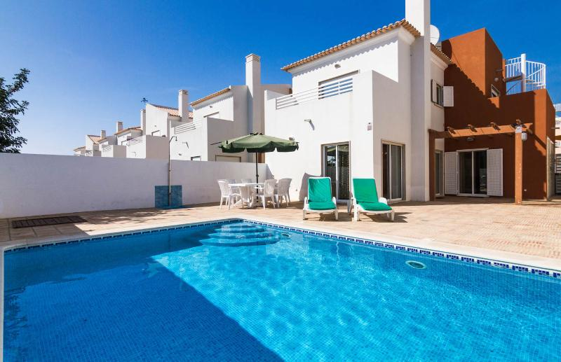 Luxury 4 bedroom villa with private pool, Cabanas, vacation rental in Tavira
