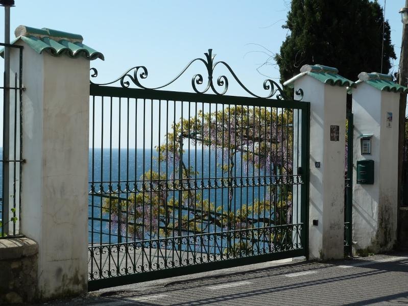 parking's entrance