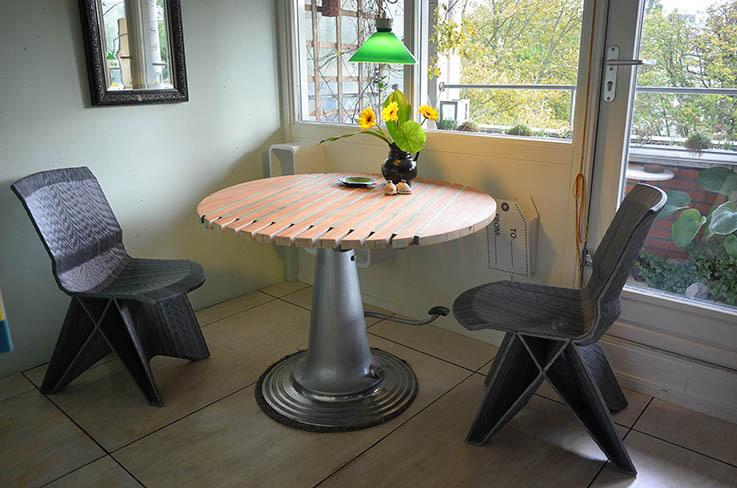 Dining table with dutch designes chairs
