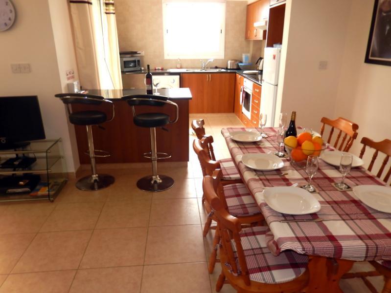 Konia Village Apartment, holiday rental in Geroskipou
