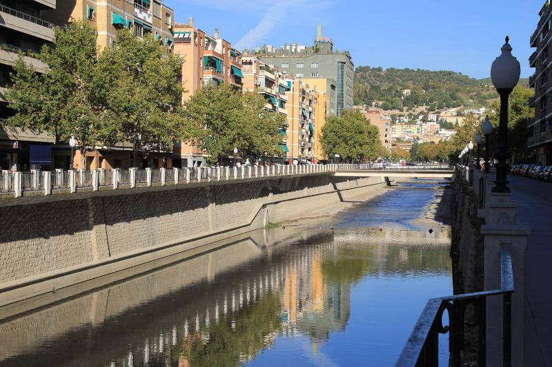 Río Genil, a 100 metros del apartamento