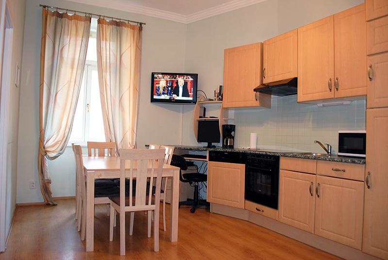 Ruterra 2 BDR Flat for Friends, vacation rental in Prague