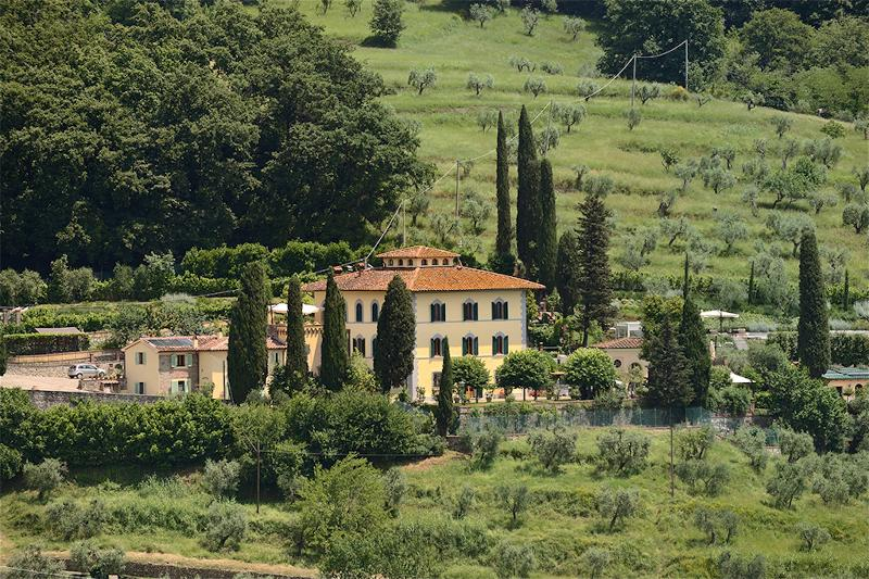 Beautiful Historic Villa Parri in Tuscany Countryside, holiday rental in San Momme