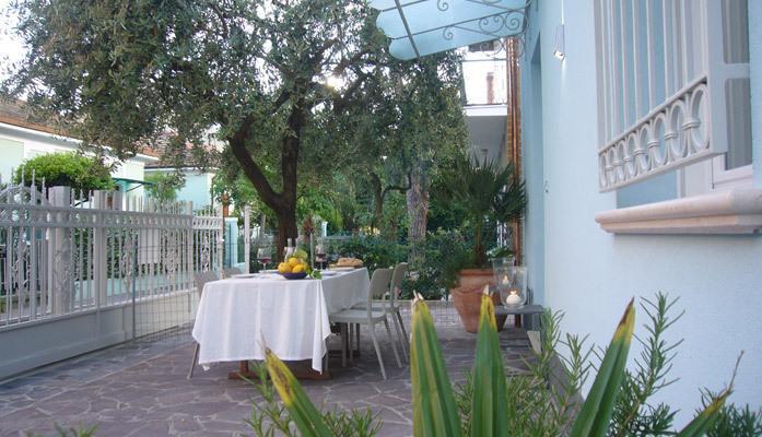 Residence Diffuso Arcobaleno Villa Rina 01, vacation rental in San Giovanni in Marignano