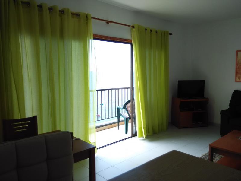 2 bedroom Apartment with great View, alquiler de vacaciones en Santiago del Teide