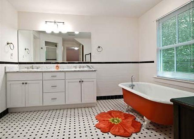 Sala da bagno completa