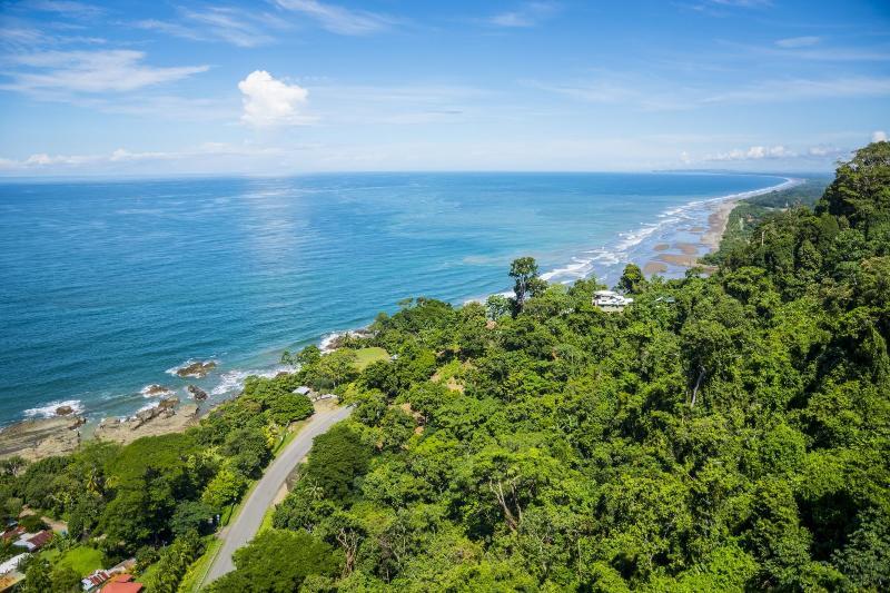 foto aérea de Punta Gabriela, muito perto do oceano