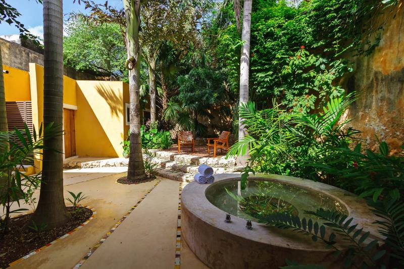 Private courtyards throughout provide escape nooks for solitude and relaxation.