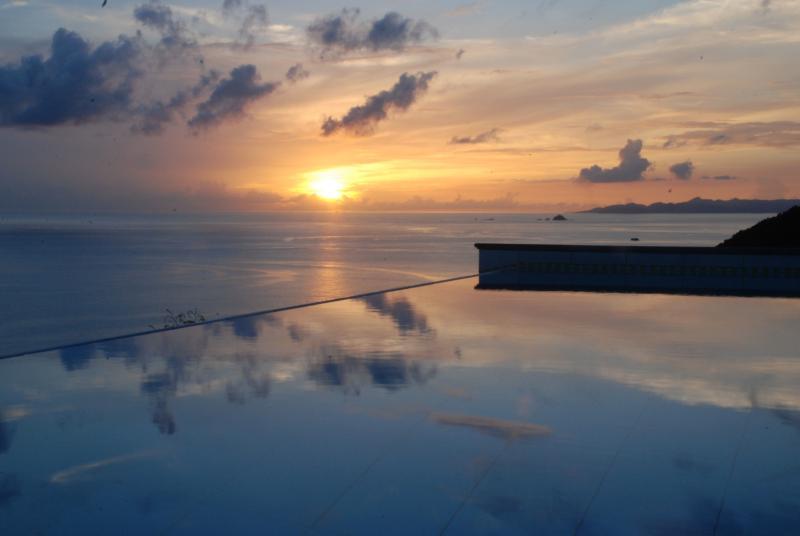 Sunset over the edgeless pool