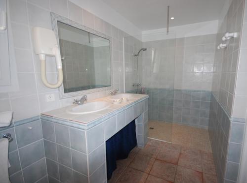 Shower room Saba