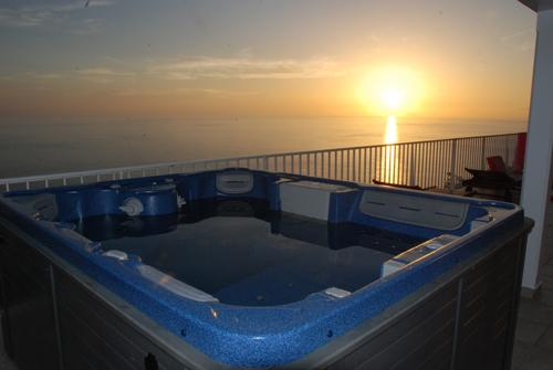 5-Person heated Spa with view!