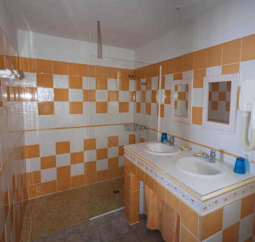 Shower room St Eustache