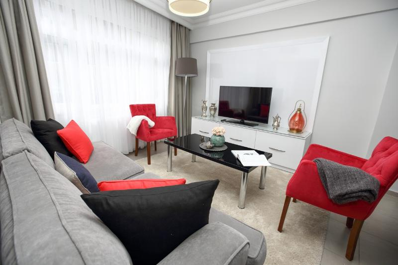 ★PATIKA SUITES ★ Cozy 2 Bedroom Apartment, holiday rental in Istanbul
