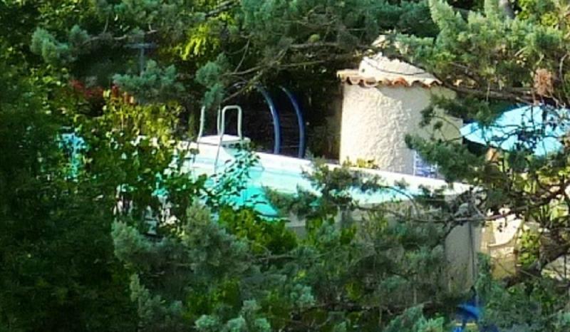Vue sur notre piscine