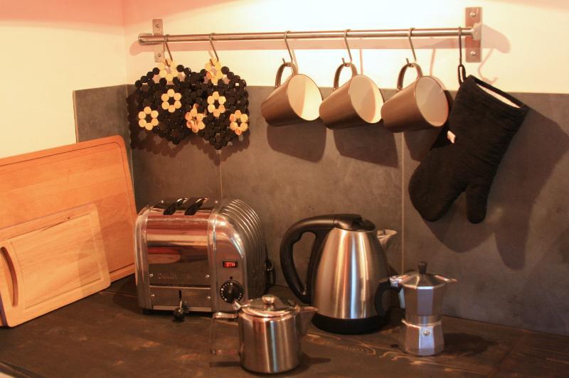 Tea, Coffee and toast?
