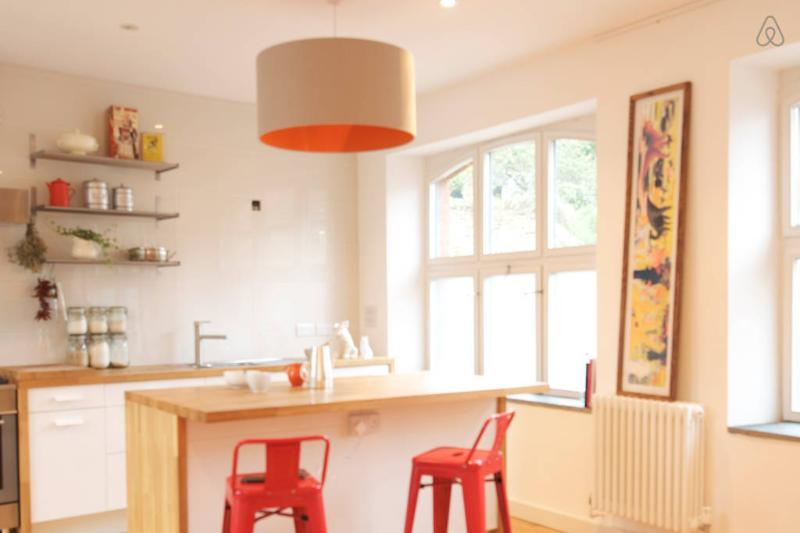 Light and airy fully fitted kitchen/ Diner with a table easily seating six guests