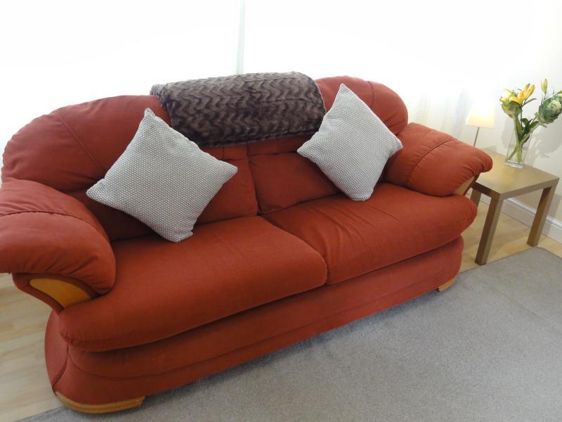 Salon avec canapé de siège 4 - jet fournie pour les soirées douillettes dans